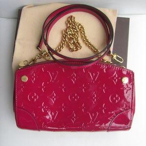 Louis Vuitton Bags - Louis Vuitton pochette Santa Monica Vernis